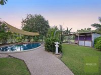 2 Rhyl Court Mount Low, Qld