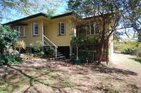 GREAT FAMILY HOME WITH EXCELLENT YARD SPACE!!