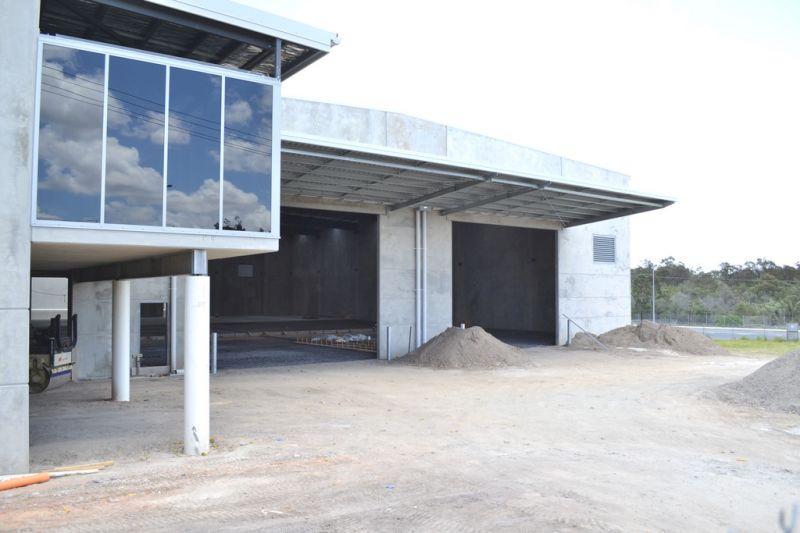 Premium Freestanding Tilt Panel Warehouse