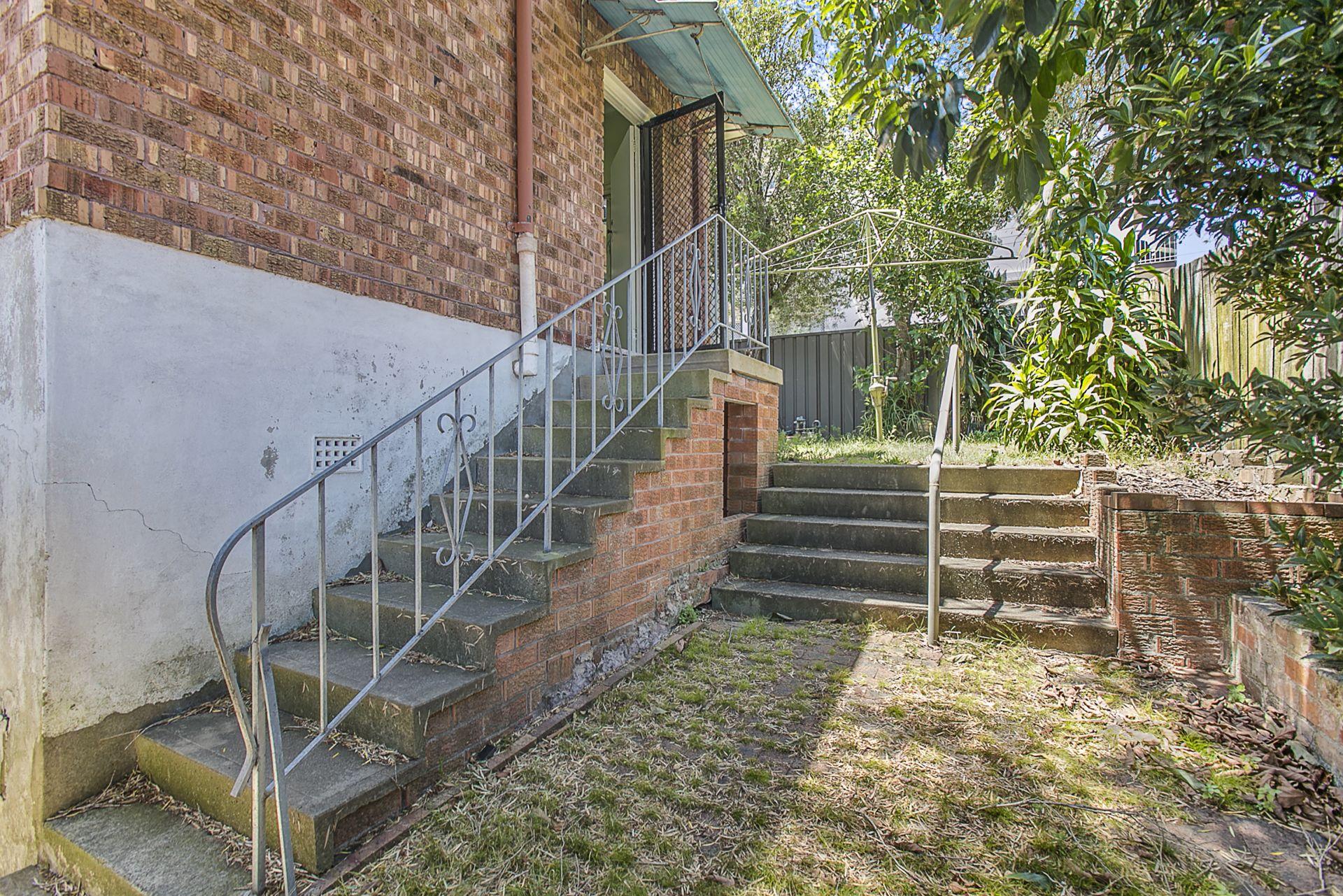 285 Lyons Road, Russell Lea NSW