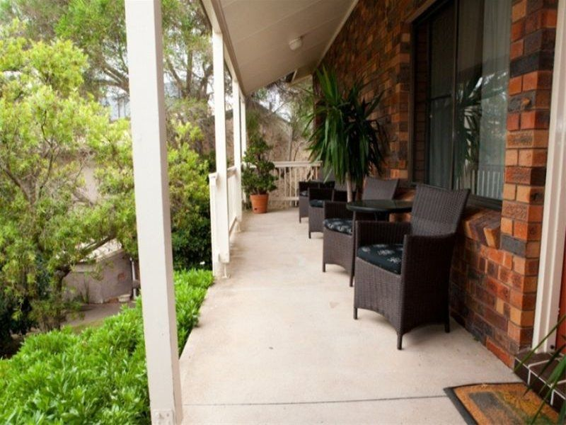 MOTEL FOR SALE - Anchor Bay Motel Greenwell Point