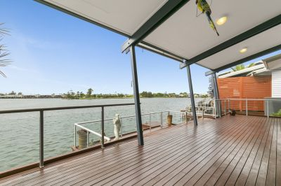 Stunning Waterfront Villa - Perfectly Positioned