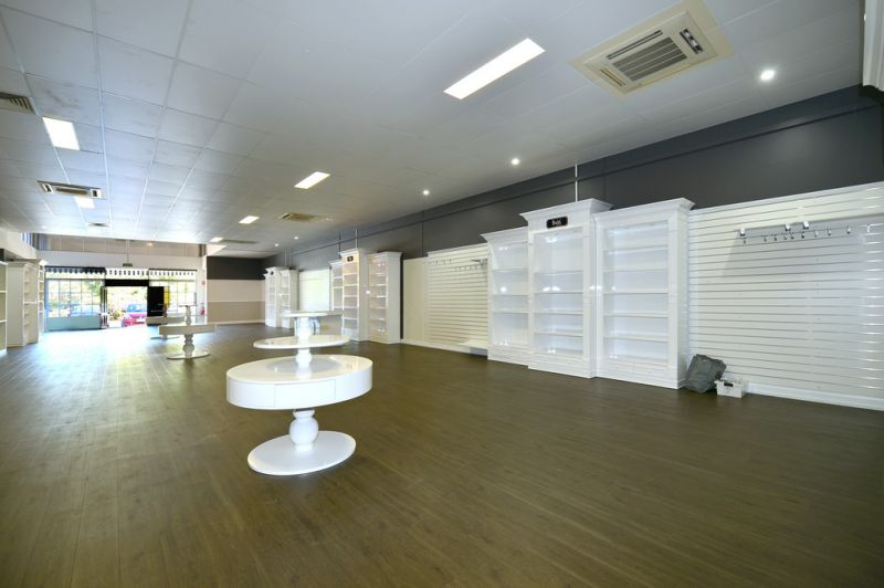 Noosaville Showroom Opportunity