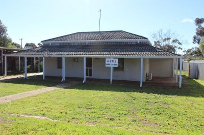 BROOKTON WA COUNTRY HOUSE FOR SALE