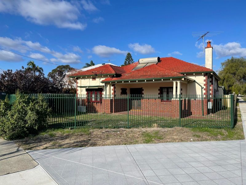 For Rent By Owner:: South Perth, WA 6151