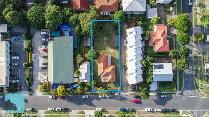 1078sqm, MU Site, 800m from Chermside Center!>