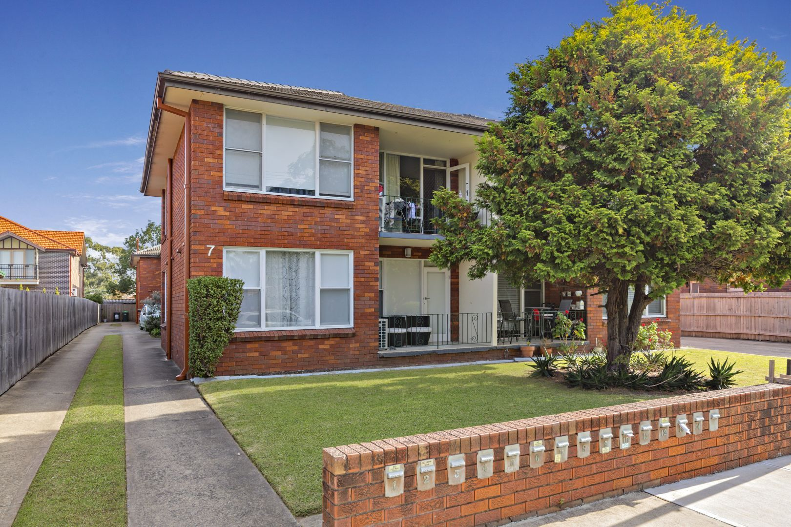 13/7 Campbell Avenue, Lilyfield