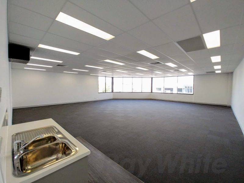 653sqm* FUNCTIONAL OFFICE/ WAREHOUSE