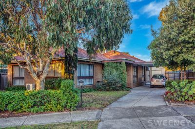 Large Family Home with Everything at Your Doorstep!