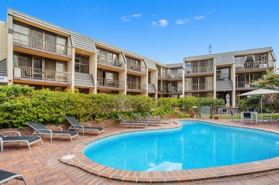 Perfect 1 Bedroom Unit Located on the Outskirts of Broadbeach