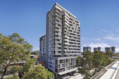 Location + Modern Apartment