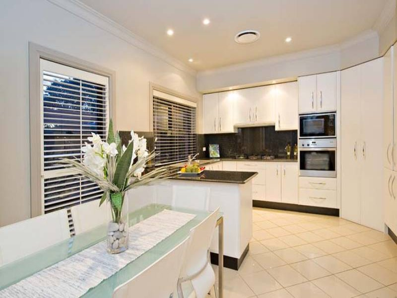7 Riverview Street, Chiswick