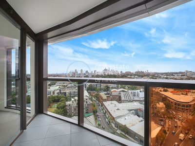 2-Bedroom Apartment with City Views and Parking