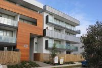 Near New Apartment !!! Enjoy Low Manitenance Living !!!