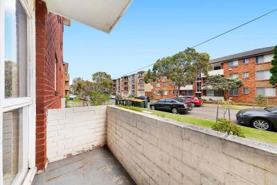 8/5 Grace Campbell Crescent, Hillsdale