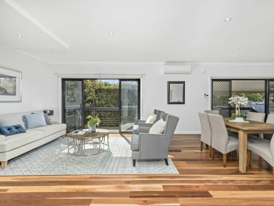 Versatile family style with space, light and perfect privacy