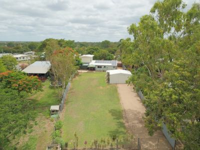 Fully air conditioned family home with shed and large back yard