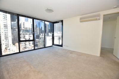 Unfurnished Light Filled Apartment with a Dream Wardrobe!