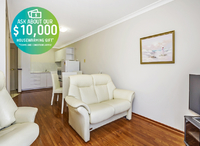 Light and bright one bedroom apartment. Located on the first floor with lift access.