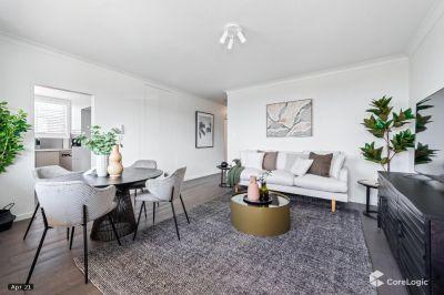 Stunning, Designer 2 Bedroom Apartment with Lock Up Garages- ONLY 1, TWO BEDROOM APARTMENT LEFT,  WITH OCEAN VIEWS, get in quick!