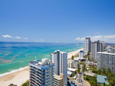 Beachfront 2 Bed Bargain - 24th floor- All Offers Submitted