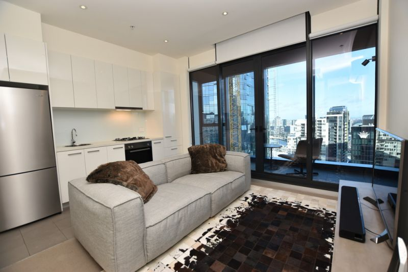 The Bank: Sky High Luxury With Stunning Views!
