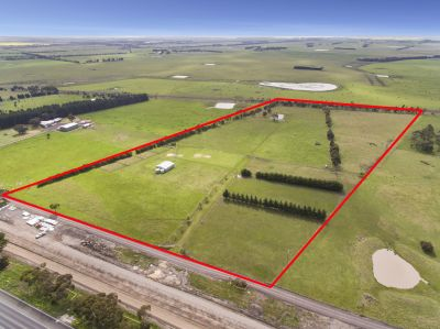Rare 8.06ha 20 acre (approx.) Holding