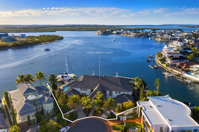 Magnificent Waterfront Entertainer - Unspoiled Water Views and Endless Opportunities
