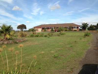 31 ACRE THREE BEDROOM PROPERTY.