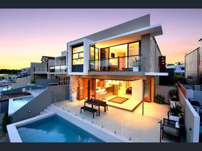 Stunning Waterfont Duplex!!