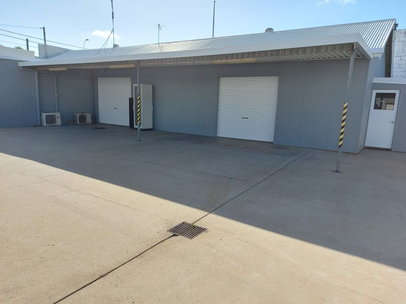 For sale/lease Retail, office, workshop and sheds.