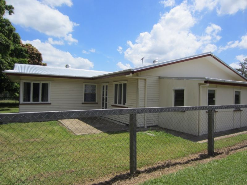 938-960 Beenleigh-Redland Bay Road, Carbrook