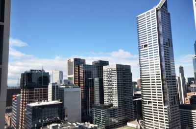 Melbourne ONE: Stunning and Spacious 2 Bedroom Apartment!