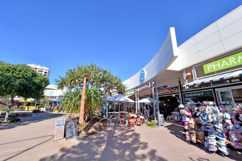 Retail Opposite Coolum Surf Club