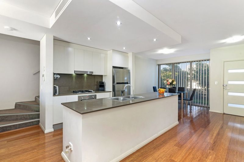 Torrens Title Terrace - No Strata Fees!