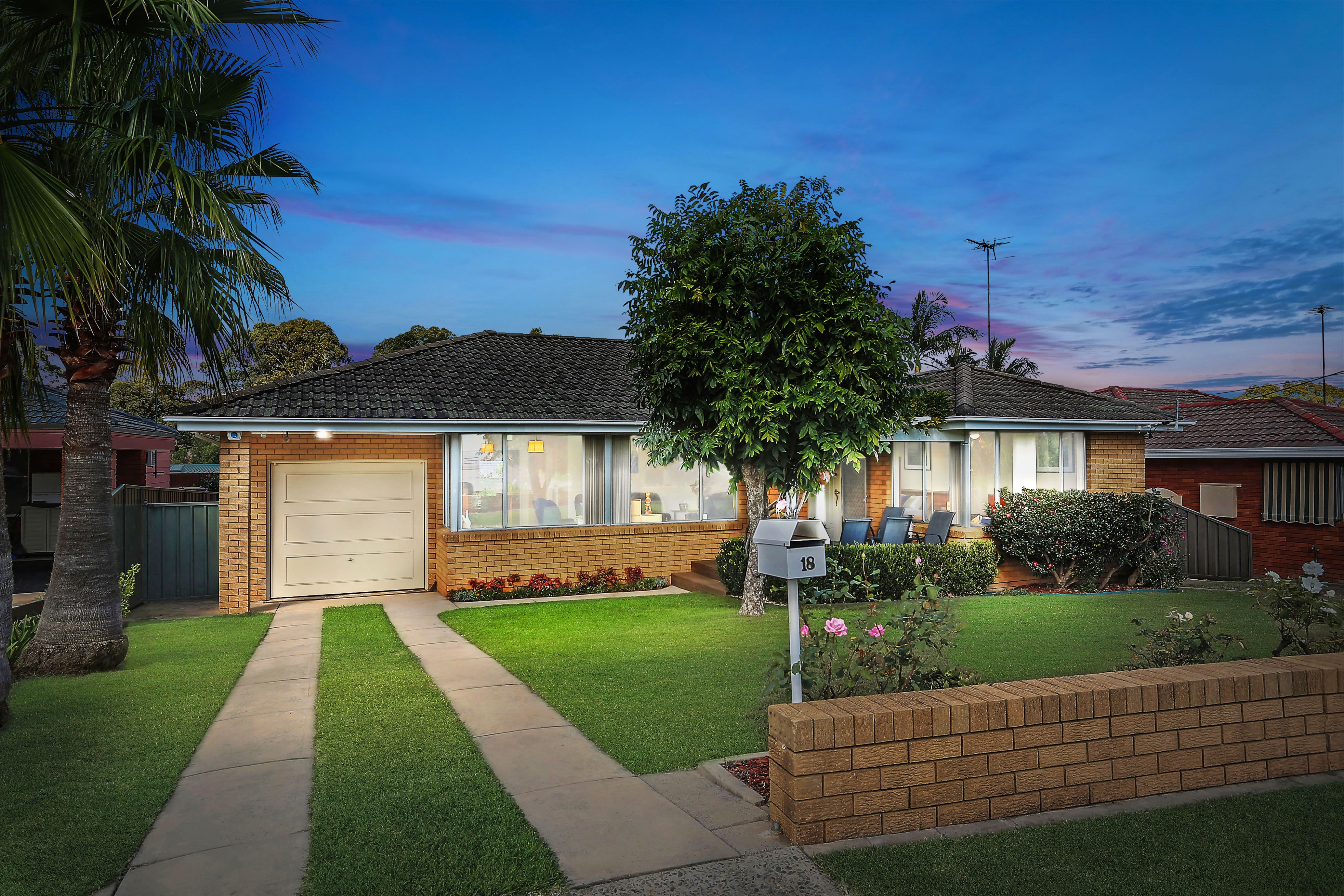 18 Universal Avenue, Georges Hall NSW 2198
