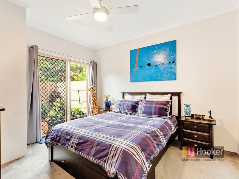 8/10 Williams Parade, Dulwich Hill