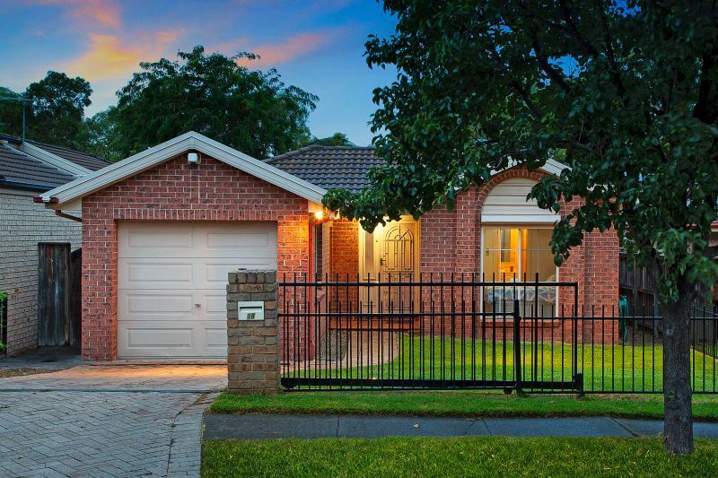 18 Greendale Terrace, Quakers Hill NSW 2763