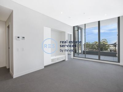 Spacious 1-Bedroom Apartment with Study in Zetland