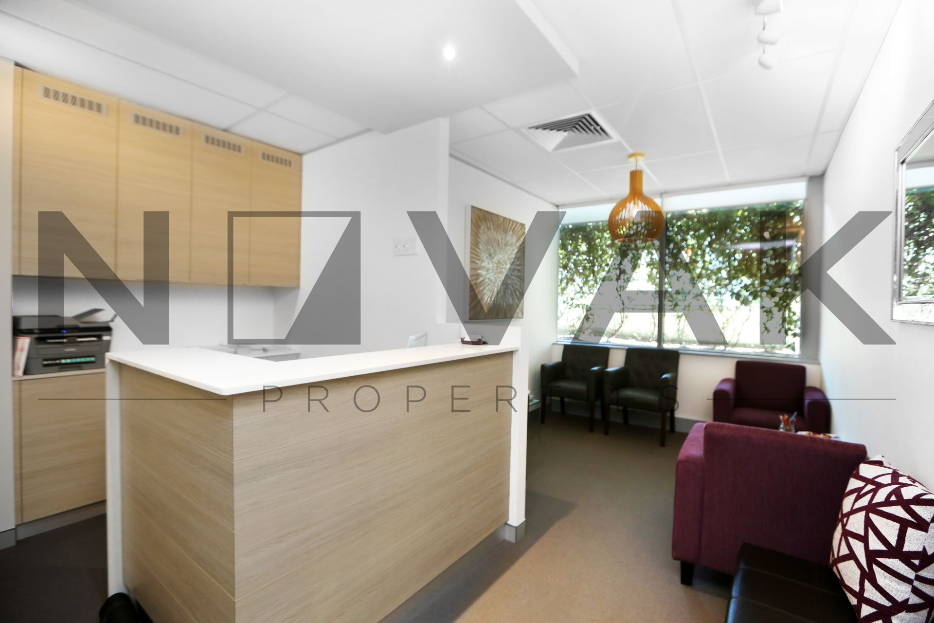READY TO MOVE IN! QUALITY OFFICE IN PREMIUM DEE WHY BUILDING
