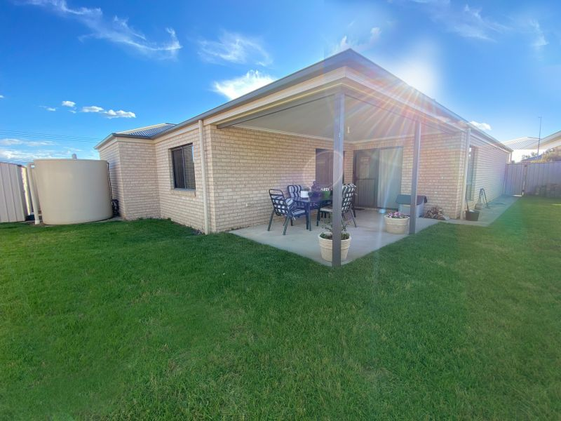 For Sale By Owner: 10 Chafia Place, Springdale Heights, NSW 2641