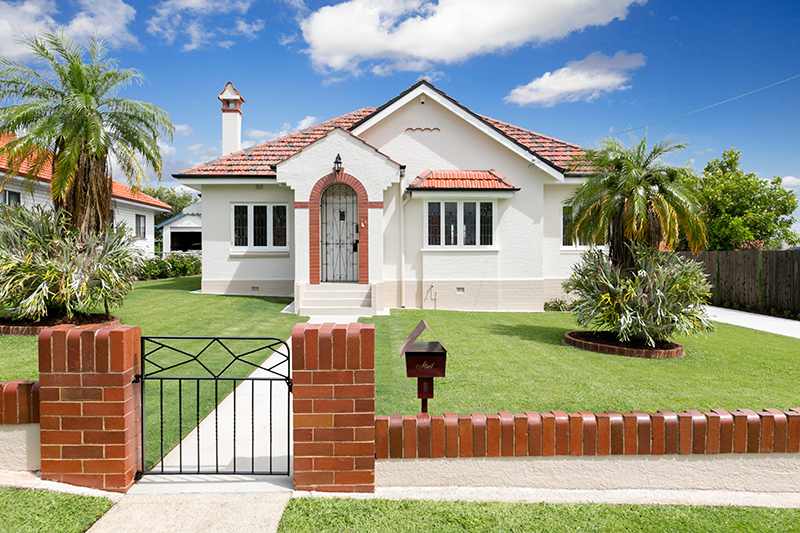 A Gracious Art Deco 1930s Home on 809sqms of Pristine Lawn