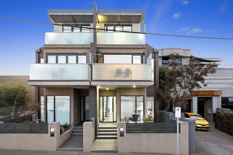 2/3 York Street Geelong