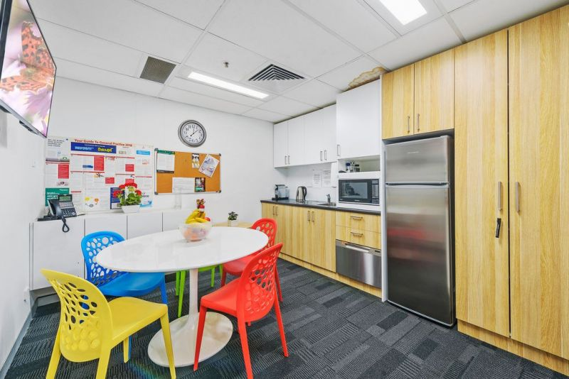 PHYSIO ROOM in Established Medical Centre in the CBD