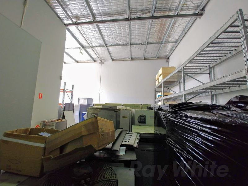 FUNCTIONAL 173sqm* MORNINGSIDE OFFICE/ WAREHOUSE