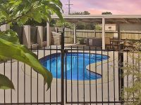 A POPULAR CHOICE FOR QUALITY TENANTS OR THE MATURE OWNER OCCUPIER