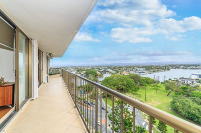 Invest or Nest! Great River & Hinterland Views