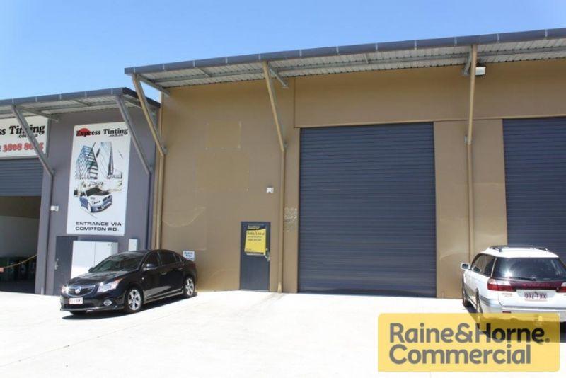 Warehouse + Showroom on Compton Road