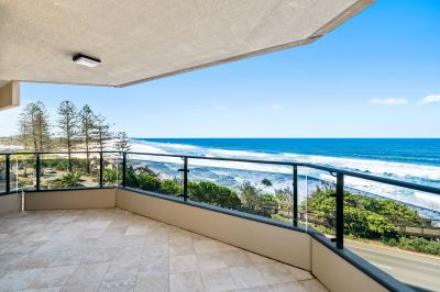 Expansive Ocean Views In Central Coolum