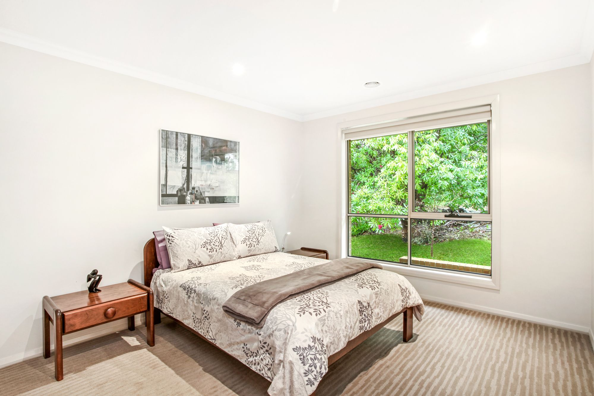 8 Waratah Road Wentworth Falls 2782